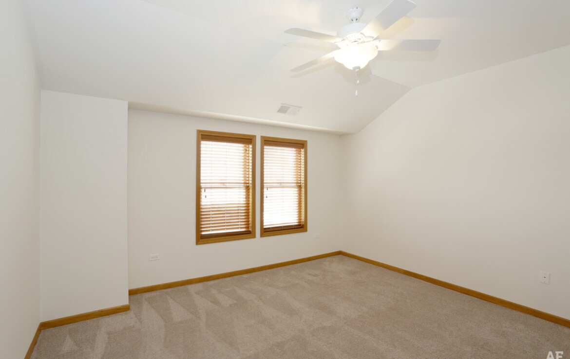 3rd Bed; 3 Bed, 2 bath